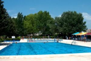 Las piscinas de verano en la ciudad de Zaragoza abren el 15 de junio